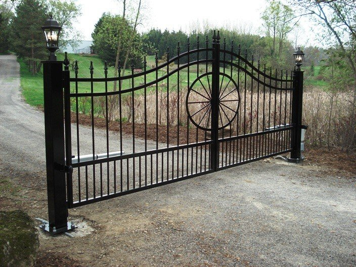 Driveway gate installers Tucson