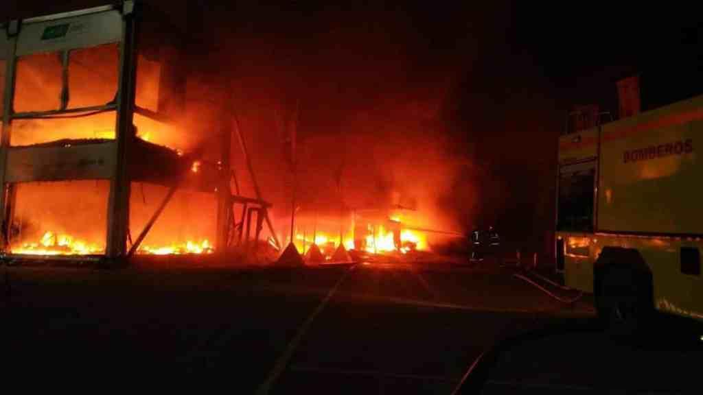 Incêndio destruiu as instalações e as motos da MotoE em Jerez