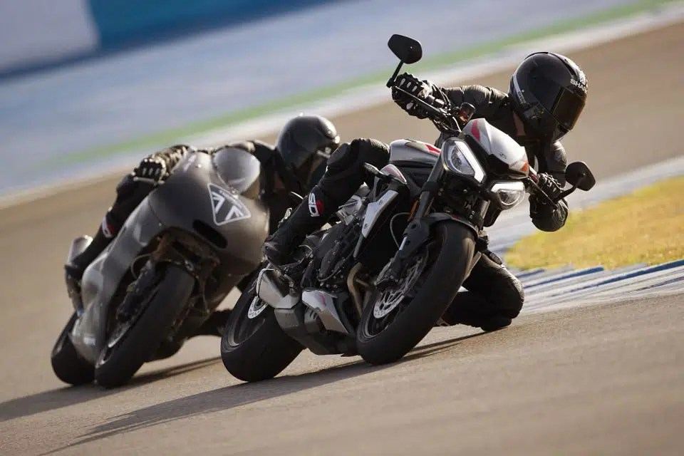 Triumph lança a nova Street Triple RS por