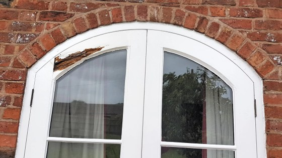 Shrewsbury-Shropshire-Carpenter-curved-door-rott-repairs