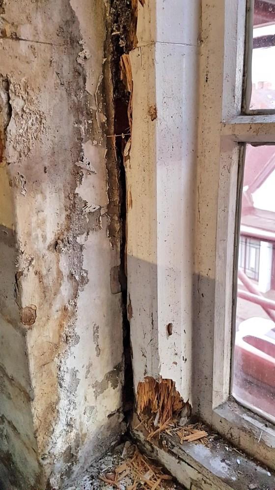 Shrewsbury-Shropshire-Carpenter-window-rot-repair0