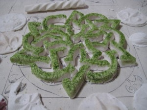 The second sugar knot..painted with parsley juice colour rather than dyed