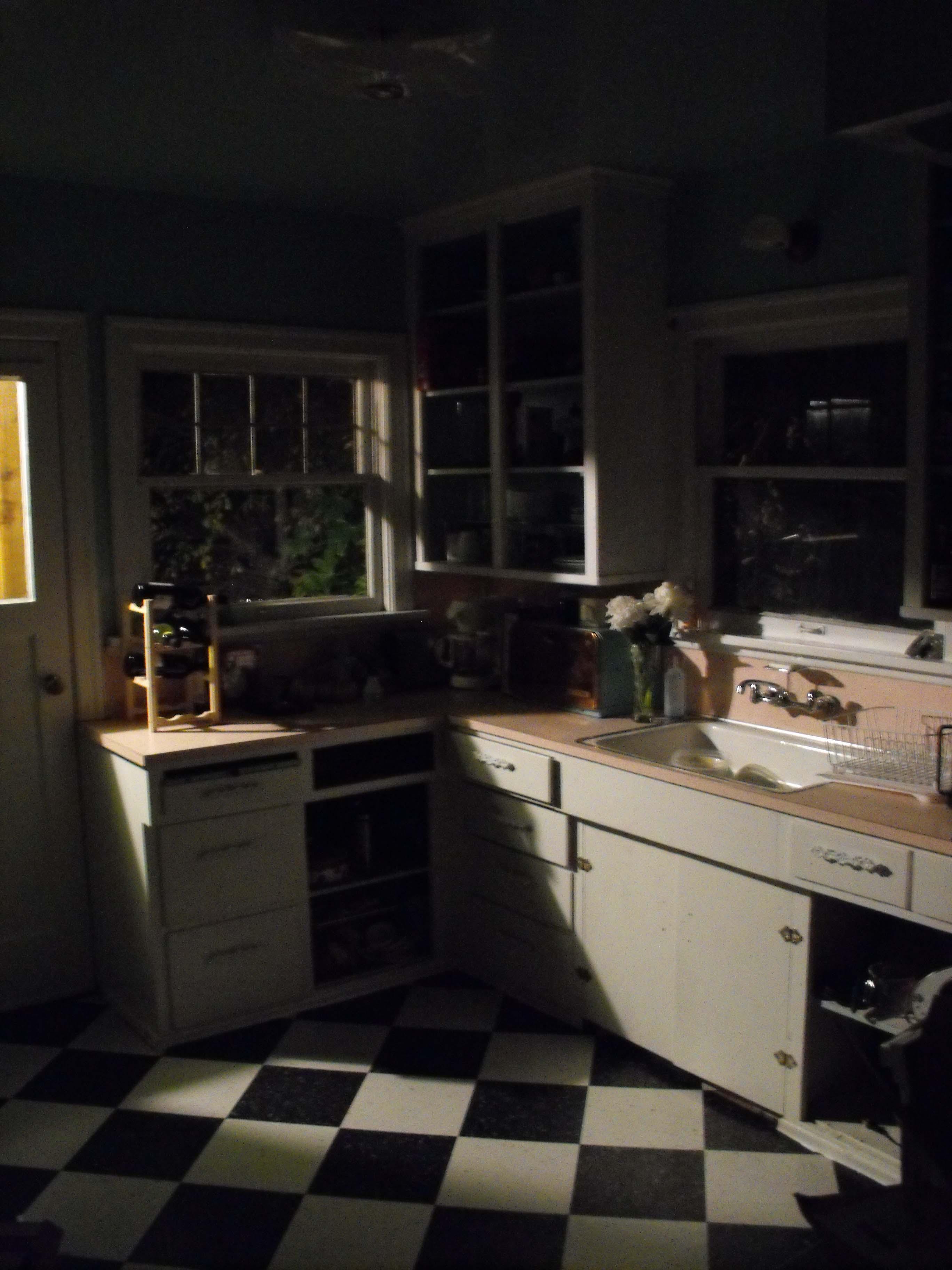 vintage kitchen  Tudorks