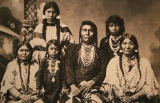 Chief_Joseph_and_family