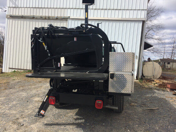 Truck Mount Hoof Trimming Chute