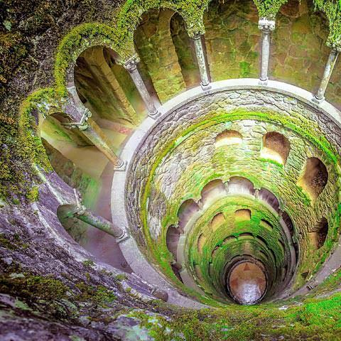 Sintra, Quinta da Regaleira and Pena Palace Guided Tour