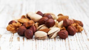 healthy way to consume the nuts and dry fruits