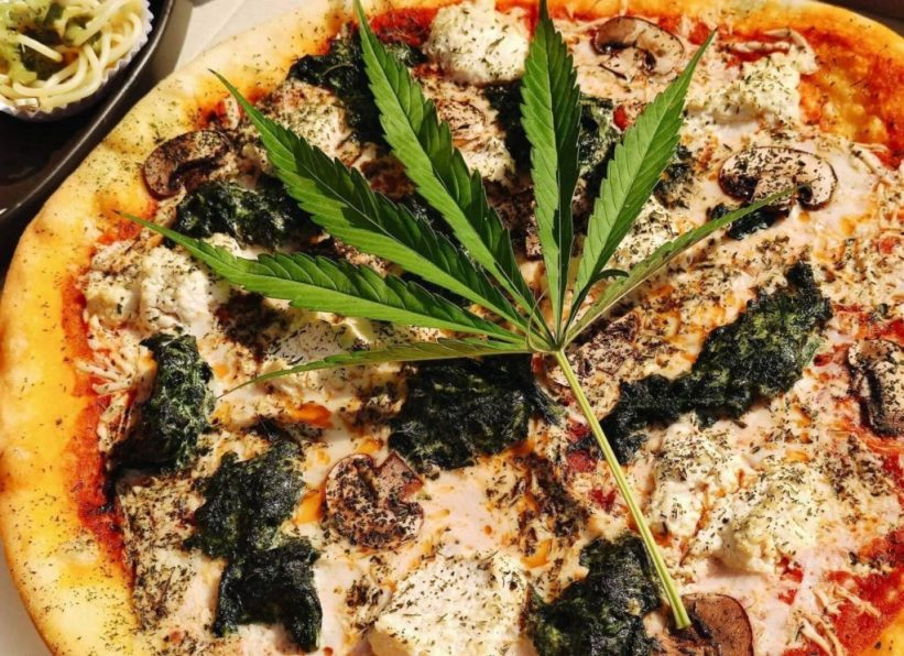 Pizza de Cannabis en Tailandia.