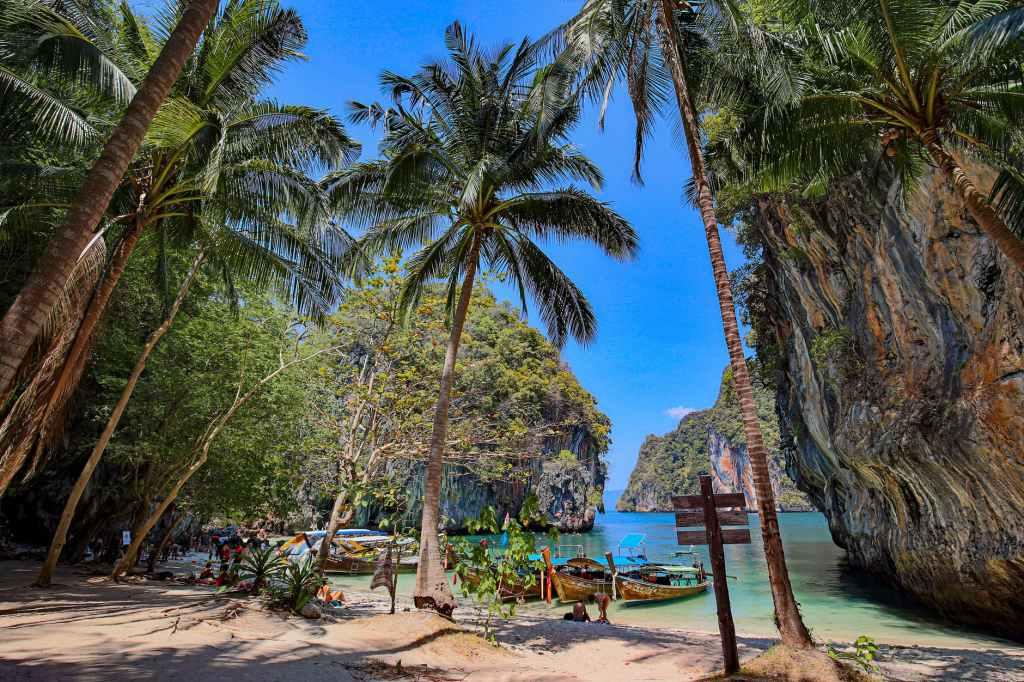 Phuket, Tailandia. Un paraíso sin apenas gente en 2021.
