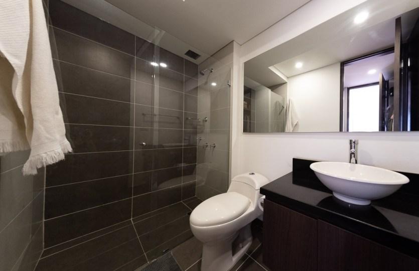 Se vende apartamento en Cedritos 3er piso - Baño P