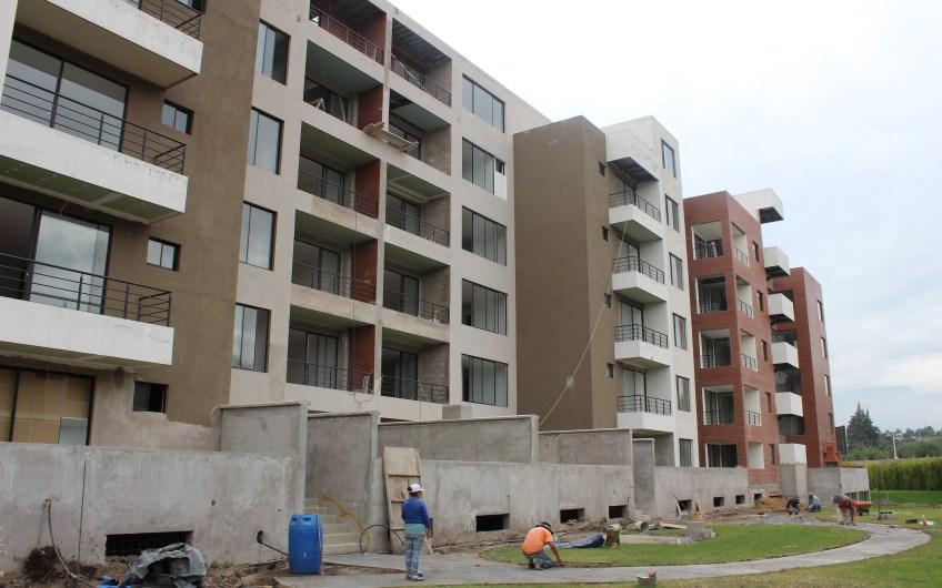 Departamentos y Duplex Conjunto Habitacional Saint Joseph desde