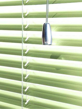 springtime-green-26-venetian-blind-2