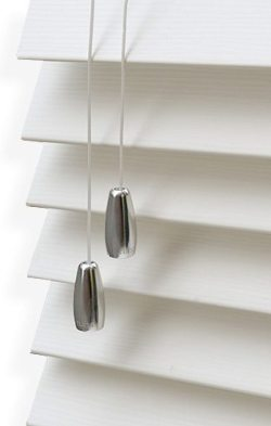 reflections-silk-warm-26-wooden-blind-50-1