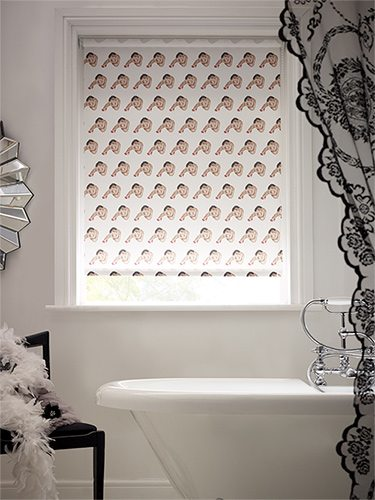 striptease-red-54-special-roller-blind-2