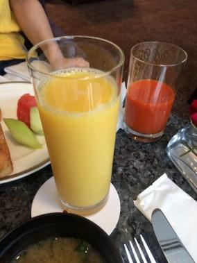 名古屋マリオット朝食のジュース