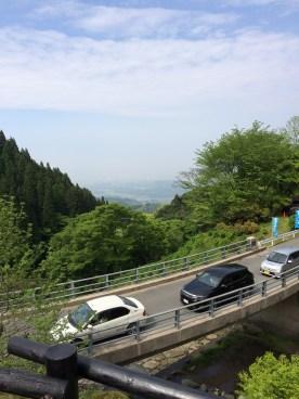 糸島の白糸の滝の空車待ちの渋滞