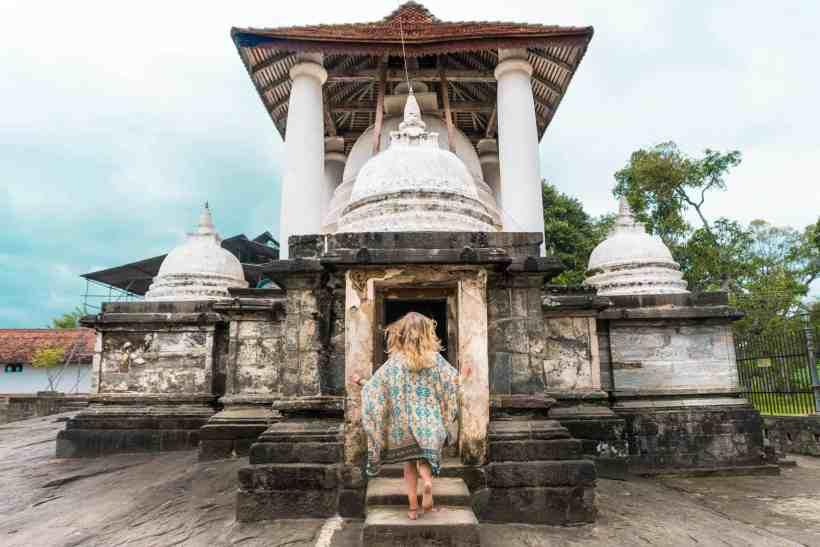 Kandy-sri-Lanka-visit-Gadaladeniya-temple