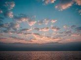 Sonne, Wolken, See