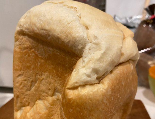 腰折れ食パンおうちのがみ