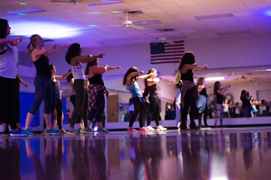 Tulane+senior+Vanessa+Richter+leads+students+in+a+Vixen+Workout+session+at+Reily+Student+Recreation+Center.+The+class+has+gained+popularity+due+to+its+empowering+message%2C+encouraging+sisterhood+through+intense+hip-hop+dance%2C+call-and-response+affirmation%2C+and%2C+most+importantly%2C+fierceness.