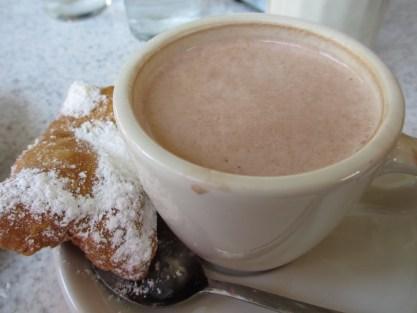 Cafe_du_Monde_hot_chocolate