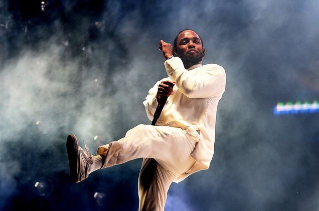 kendrick-lamar-performs-coachella-weekend-1-056-billboard-1548