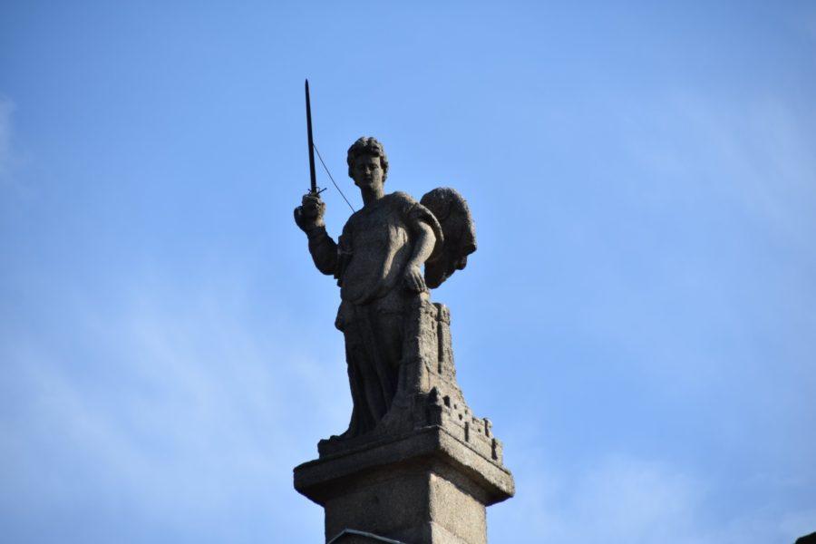 El Ángel de la Puerta de Bisagra: ¿leyenda, copia o invención reciente?