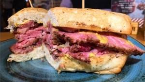 Pollito, Pastrami y Chinito… 3 baraticos IMPERDIBLES en Bogotá