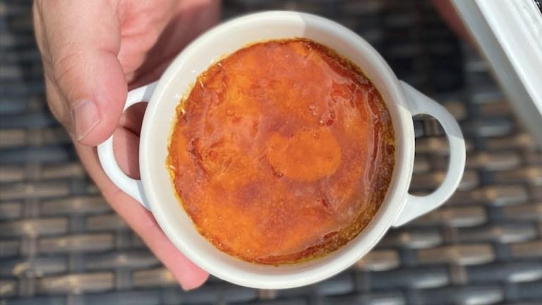 2 Postres Fáciles y Rápidos que te Encantarán, Crème Brûlée y Flan en Microondas