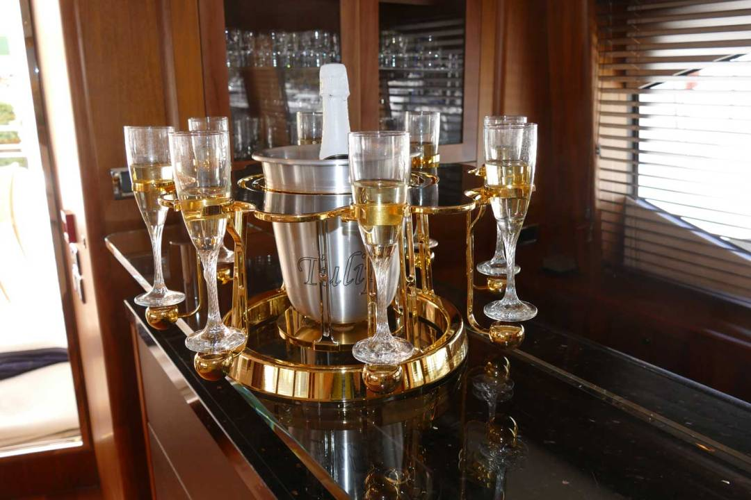 Tulip By Germain luxury champagne bucket Carbon Fiber edition on Yacht