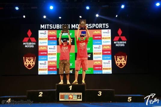 Dupla Campeã Geral do Mitsubishi Motorsports
