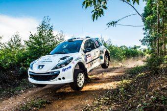A bordo do Peugeot 207 XRC a dupla foi a mais rápida em cinco das seis Especiais. Foto: Ney Evangelista/NGfotos