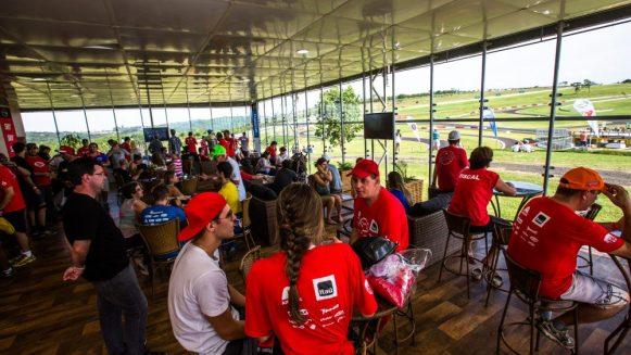 Participantes poderão desfrutar de toda a estrutura do Velo Città Crédito: Tom Papp/ Mitsubishi