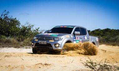 Etapa teve muito sol e belas trilhas Crédito: Adriano Carrapato / Mitsubishi