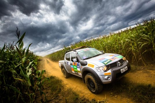 Podem participar do evento veículos 4x4 das linhas L200, Pajero e ASX - Foto de Tom Papp / Mitsubishi