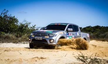 Participantes enfrentarão muita areia no trajeto Crédito: Adriano Carrapato / Mitsubishi