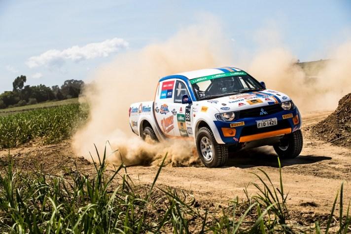 Disputa pelo campeonato na categoria L200 Triton ER está apertada. Foto: Ricardo Leizer/Mitsubishi