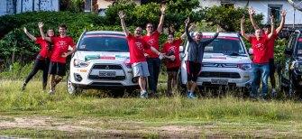 Participantes se divertiram durante etapa do rali. Foto de Tom Papp
