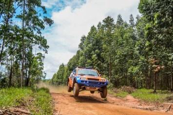 Dupla Bull Sertões Rally Team durante Rally dos Amigos, no sábado (Sanderson Pereira/ PhotoEsporte)