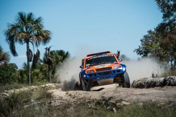 Dupla Bianchini/Santos levantou poeira nessa temporada (Marcelo Maragni/ Fotop)
