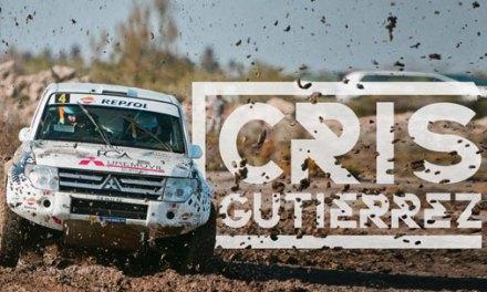 """Cristina Gutierrez, a única """"chica"""" nos carros no Dakar"""