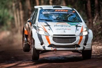 Os vice-campeões do Rally de Holambra foram Roberto Reijers e Fausto Dallape (Gustavo Epifanio/DFOTOS)