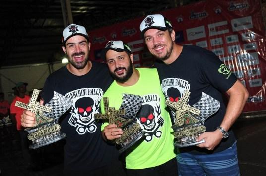 Equipe comemora os resultados: Bianchini, Bentivoglio e Finato (Doni Castilho/DFotos)
