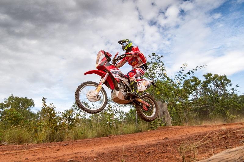 Tunico Maciel faz o melhor tempo entre as motos (Doni Castilho/DFotos)