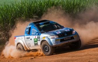 Mitsubishi Cup tem velocidade e adrenalina com carros preparados. Foto: Marcio Machado / Mitsubishi