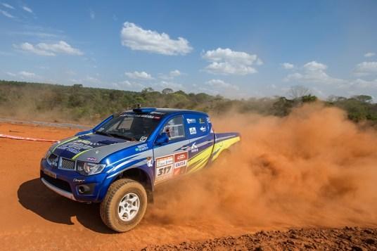 Thiago Rizzo no Rally dos Sertões 2016 (Foto: Magnus Torquato)