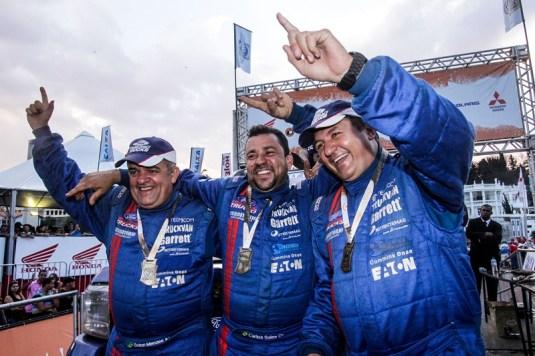 Campeões nos Caminhões no Rally dos Sertões 2014 (Divulgação)
