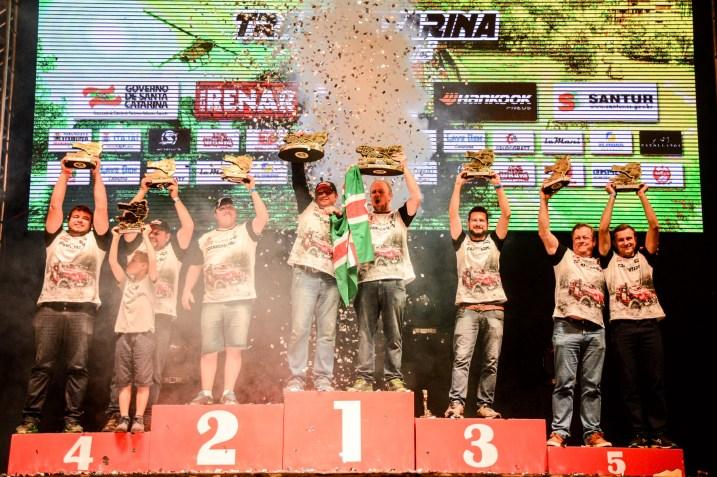 Os grandes campeões na categoria na Máster: Marnes e Cristian (Victor Eleutério/DFOTOS)