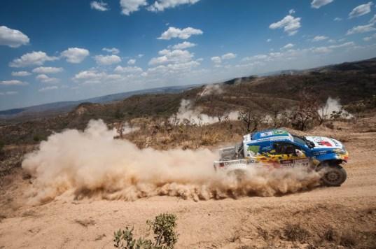 Reinaldo Varela é um dos pilotos mais experientes do Rally dos Sertões Foto: Marcelo Maragni/Vipcomm