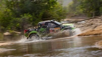 Após 326 km, segunda etapa do Rally dos Sertões chegou à Sta Terezinha de Goiás (Doni Castilho/DFOTOS)